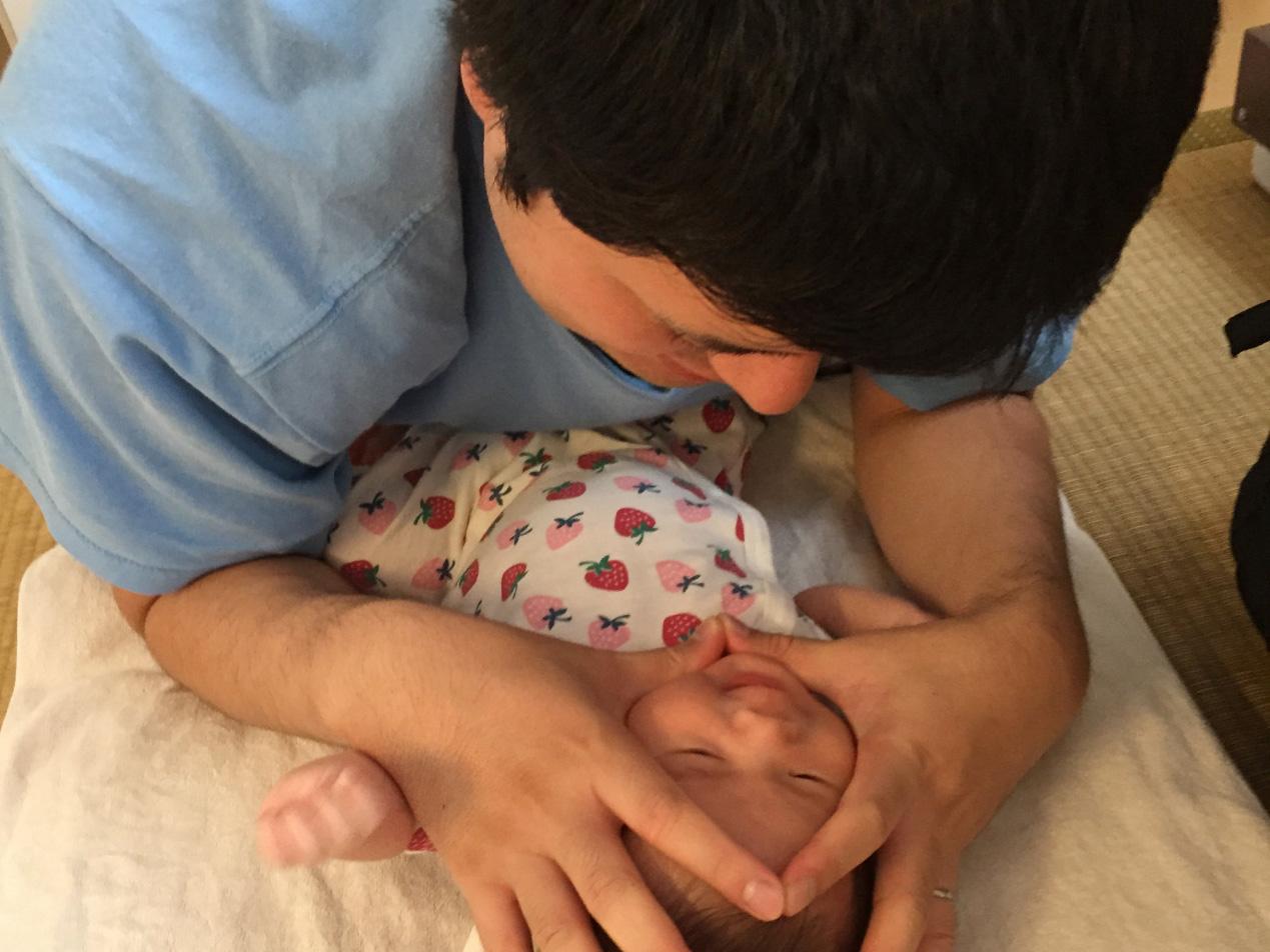 「父親になっていくための3週間」男性の育児休暇