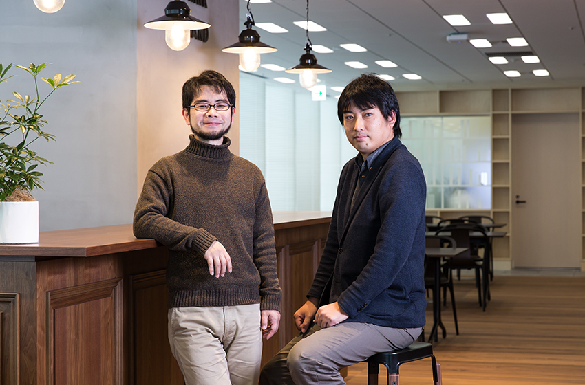 写真:左から中野信と箱田慶太