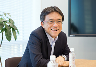 本間浩輔の写真