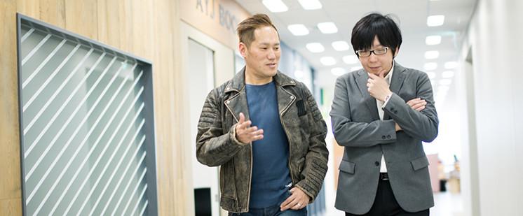 岡田聡と田中宏亮の対談写真2