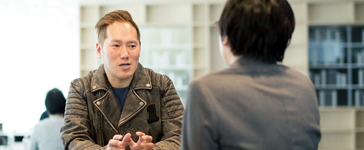 岡田聡と田中宏亮の対談写真3