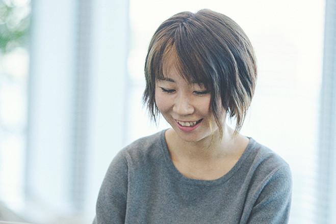 インタビュー 赤池 智美 メインビジュアル