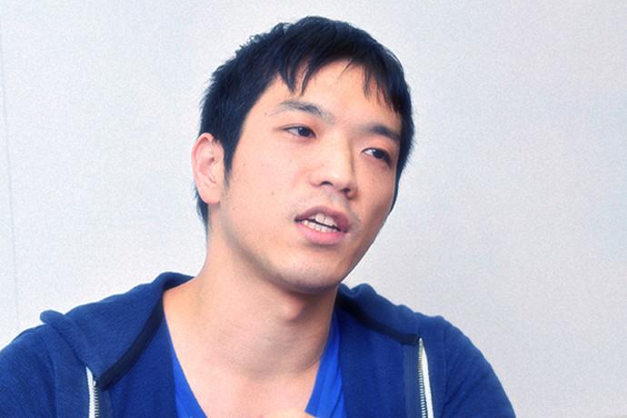 インタビューに答える 小林 隼人