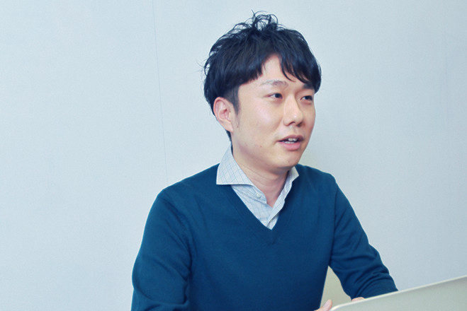 インタビュー 鈴木 健司 メインビジュアル