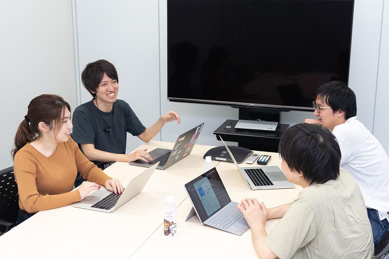 会議中の社員の写真