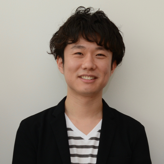 先端技術応用室 デザイナー 鈴木 健司の写真 Portrait of Kenji Suzuki Advanced Applications Senior Designer
