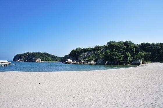 写真:月浜海水浴場の風景