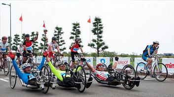 パラサイクリングイメージ画像