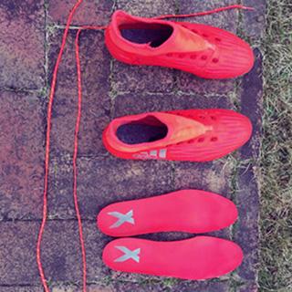 adidas サッカー スパイク