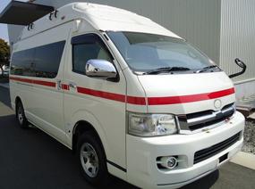 トヨタ ハイエース 高規格救急車
