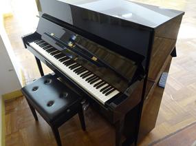 YAMAHA アップライトピアノ・椅子