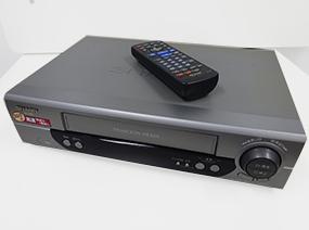 ビデオカセットレコーダー