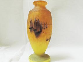 帆船柄の花瓶