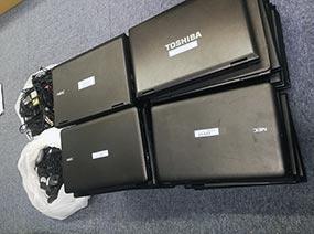 ノートパソコン 44台