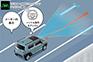 LKC(レーン・キープ・コントロール<車線中央維持機能>は長距離ドライブでの疲労を低減。