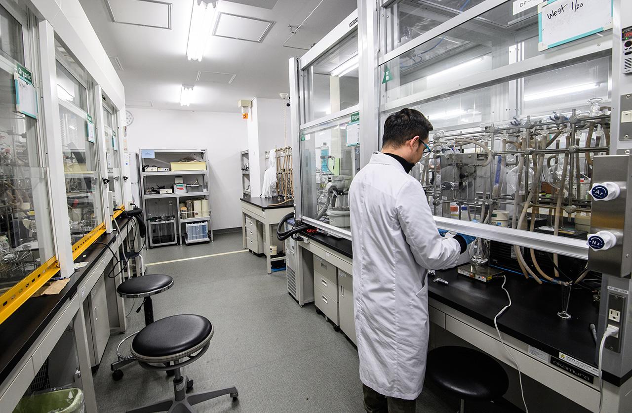 ナノ医療イノベーションセンターの実験室