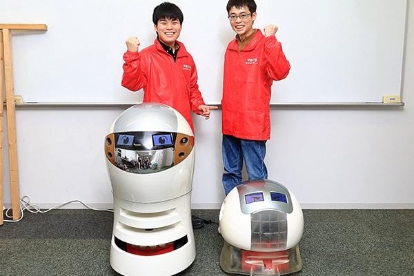 ロボットは超高齢社会を救う