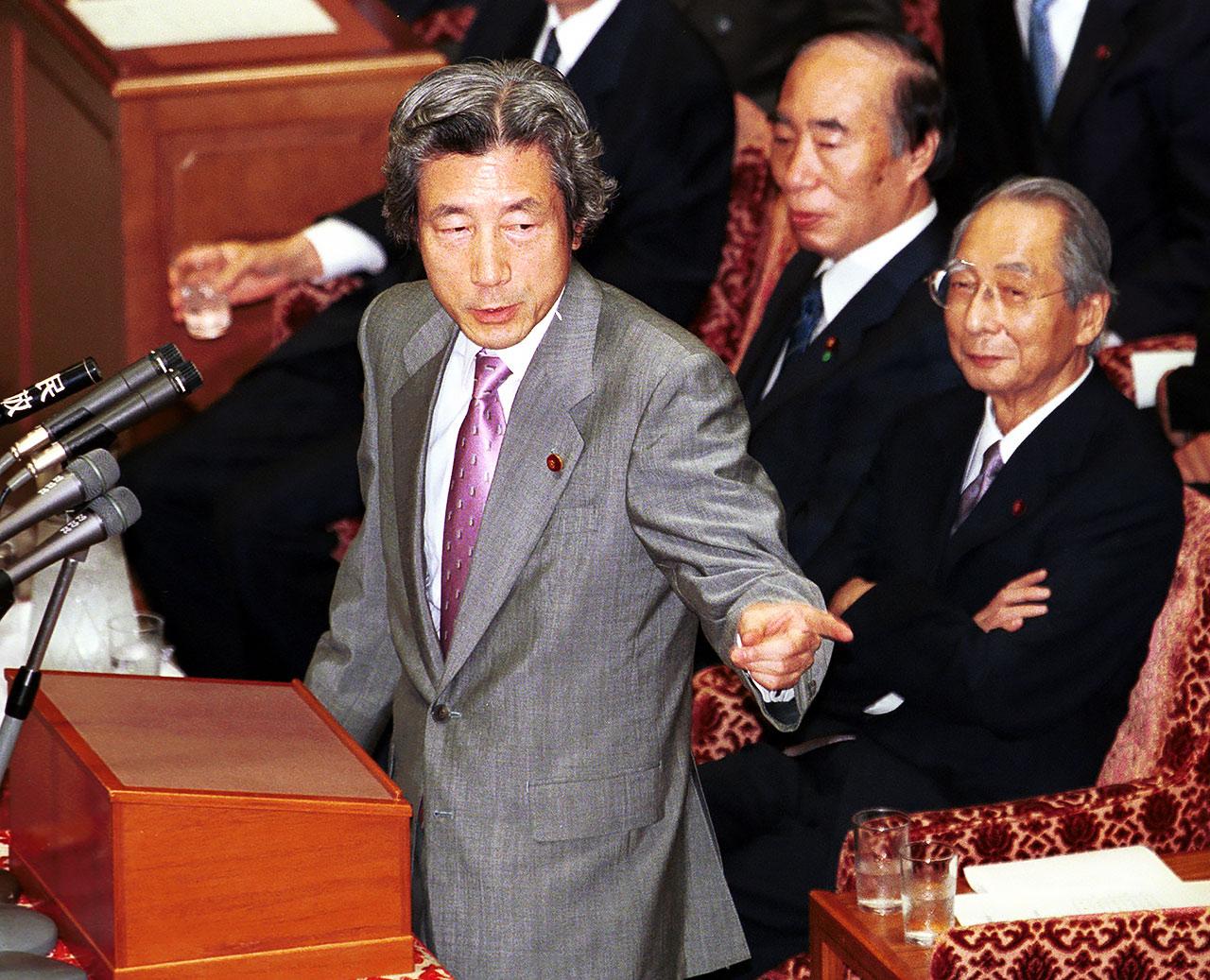 首相時代の小泉純一郎氏=2001年6月(写真:Getty Images)