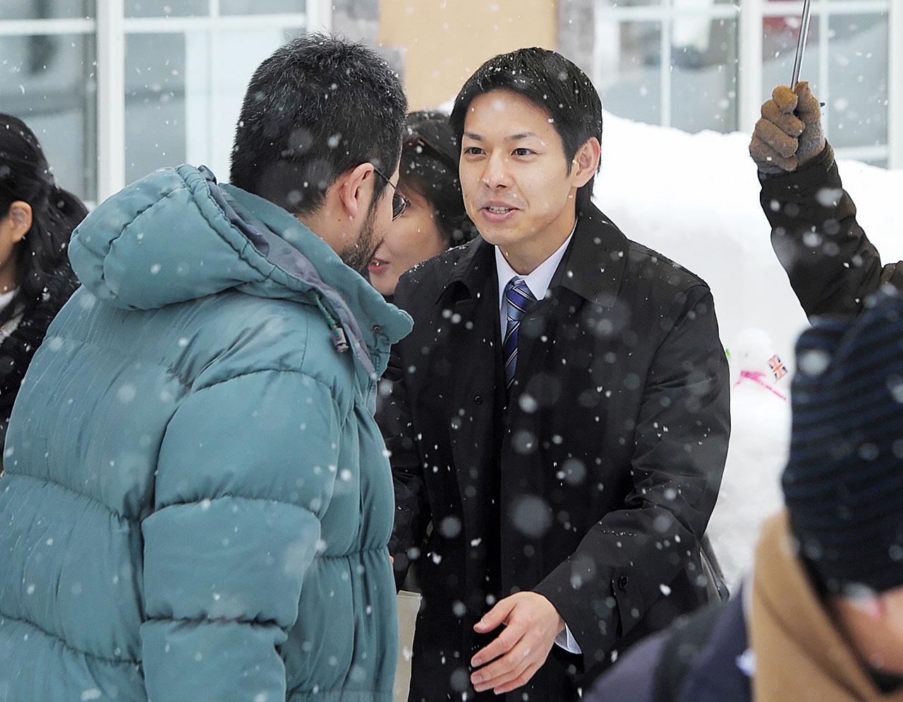 夕張市長時代の鈴木さん(写真:毎日新聞社/アフロ)