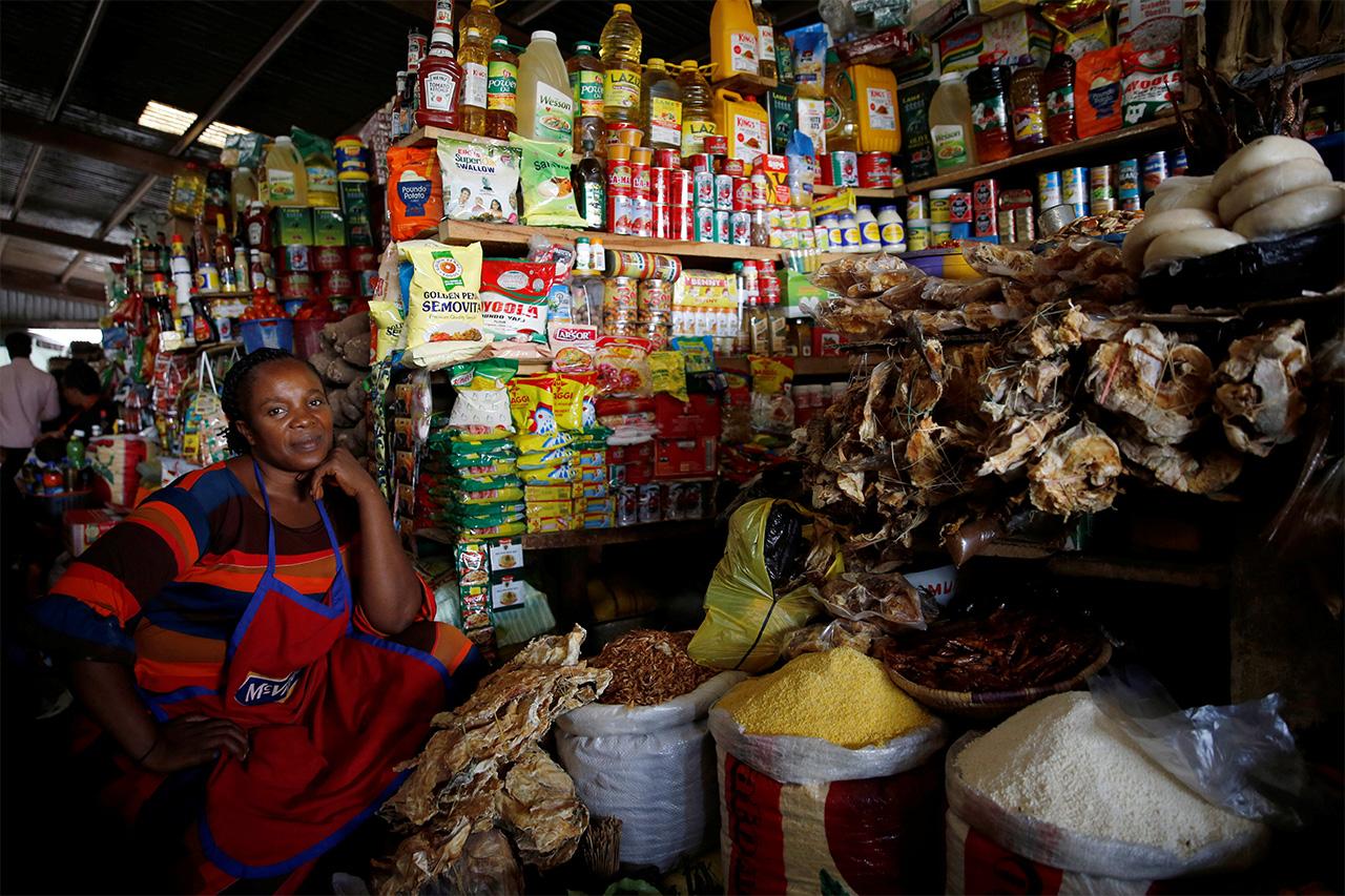 ナイジェリアの首都アブジャの食料店