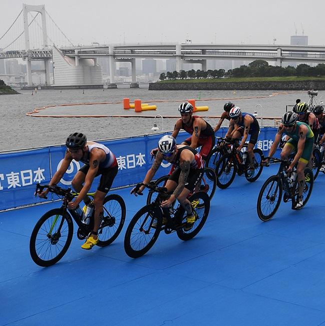 「水着」?で大都会を疾走! 東京五輪トライアスロンの楽しみ方