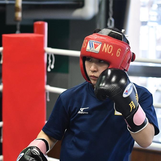 男子顔負けの強烈パンチで初メダルへ 女子ボクシング・並木月海