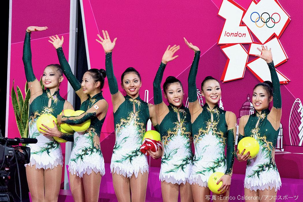 ロンドン五輪で田中琴乃さん(写真右)はフェアリージャパンのキャプテンを務めた