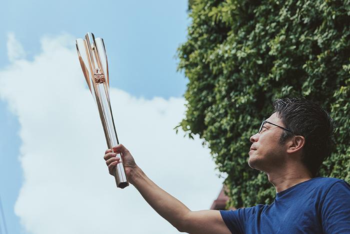 吉岡徳仁 アメリカNewsweek誌による「世界が尊敬する日本人100人」に選ばれている。