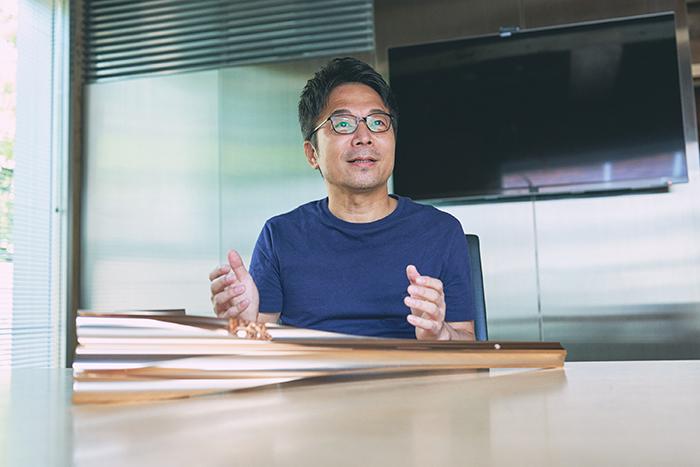 トーチの素材は東日本大震災の被災地で役目を終えた復興仮設住宅のアルミニウムが再利用されている。