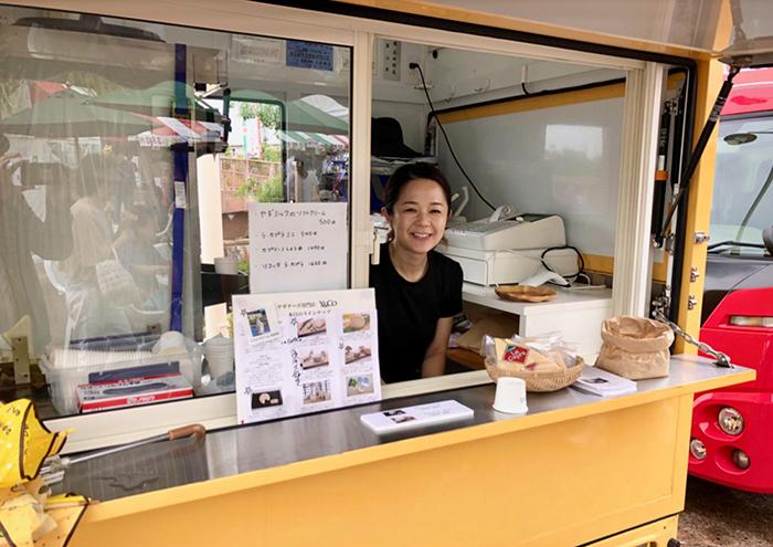 音楽活動とチーズ作りで忙しい毎日を過ごす吉田朋美さん