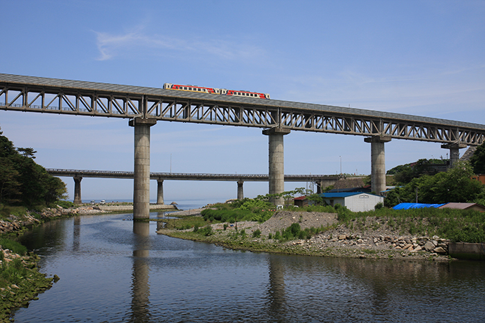 「安家川橋梁」