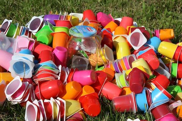 プラスチック製品への関心は? アンケートによる環境問題の意識を調査