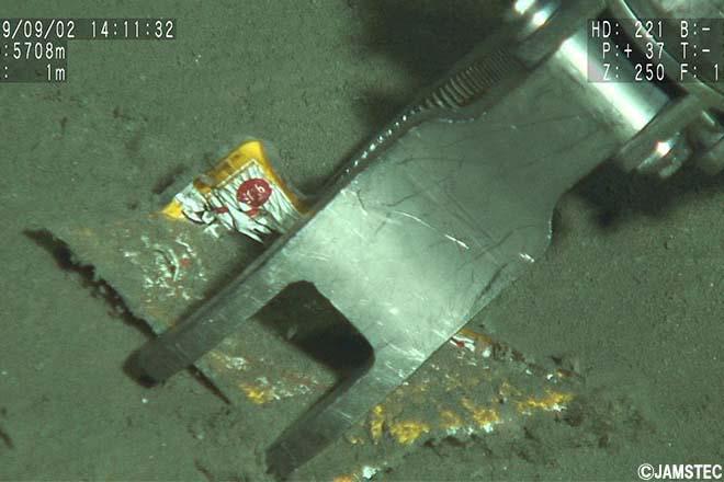 深海6000mに36年前のハンバーグ袋。研究者に聞くプラスチック汚染研究の今