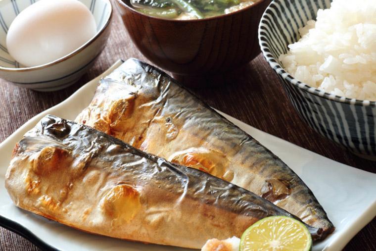 塩サバ切り身を使った焼き魚定食