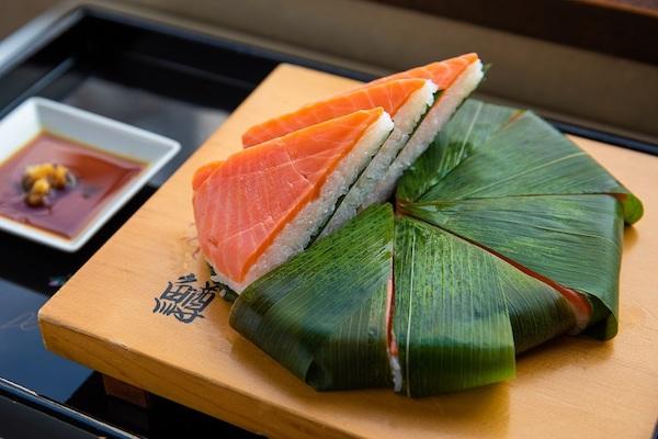 富山の名産品「ます寿し」を食べ比べ|美しい日本が生まれる風景