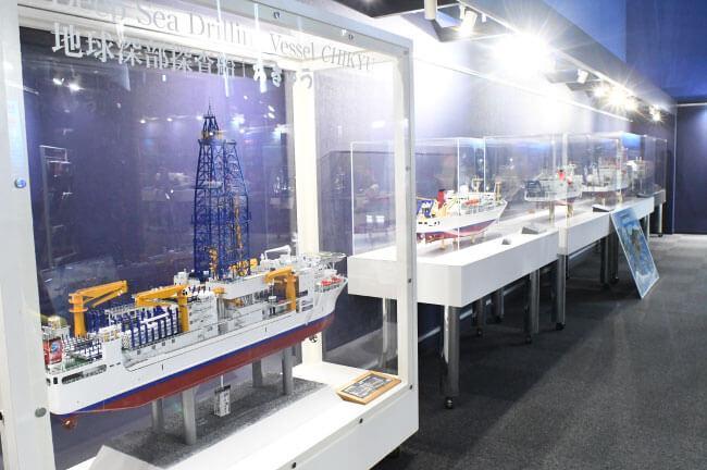 JAMSTECの研究船の模型