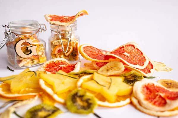 果物の皮から家具をつくる。トルコの循環型スタートアップ「Ottan Studio」