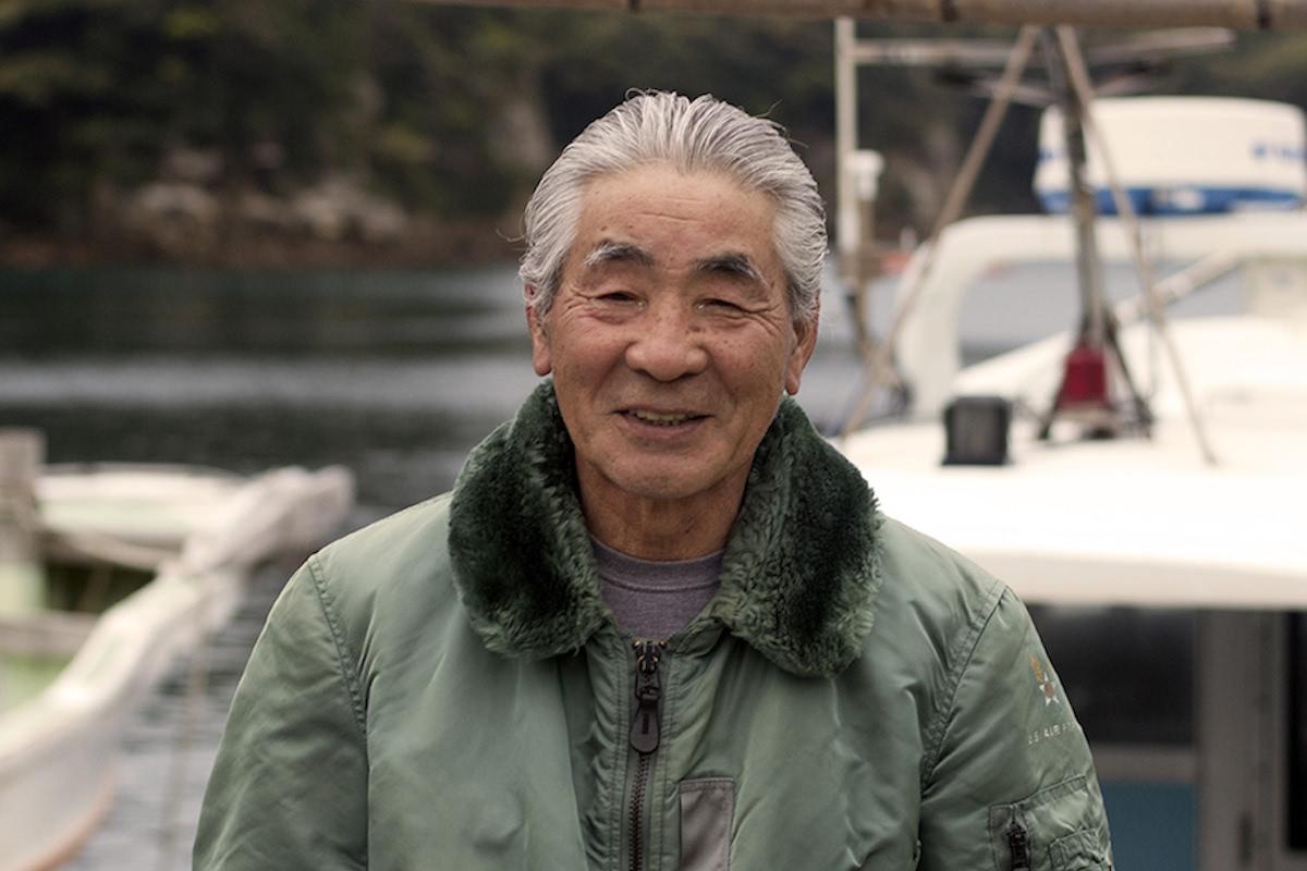伊勢海老日本一の離島・平島で漁師歴40年の中邑さん