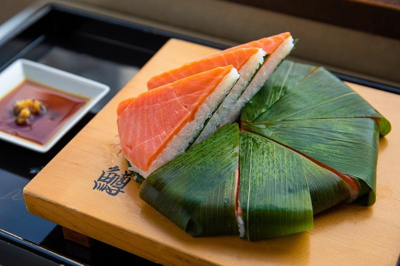富山の名産品「ます寿し」を食べ比べ