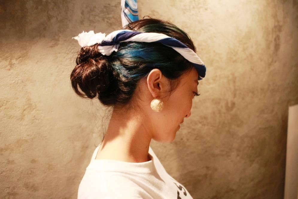 カツオのように青く光るヘアカラー