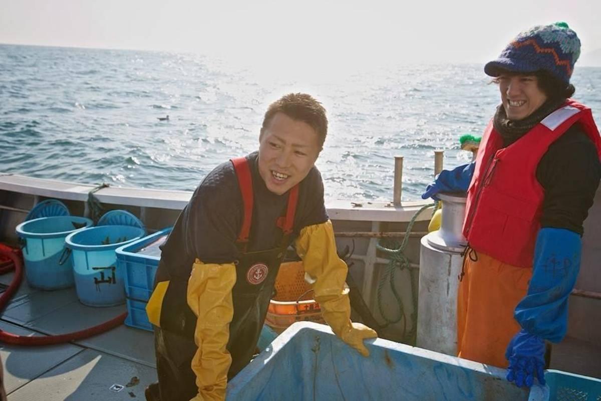 フィッシャーマン・ジャパンの代表・阿部勝太と、事務局長の長谷川琢也