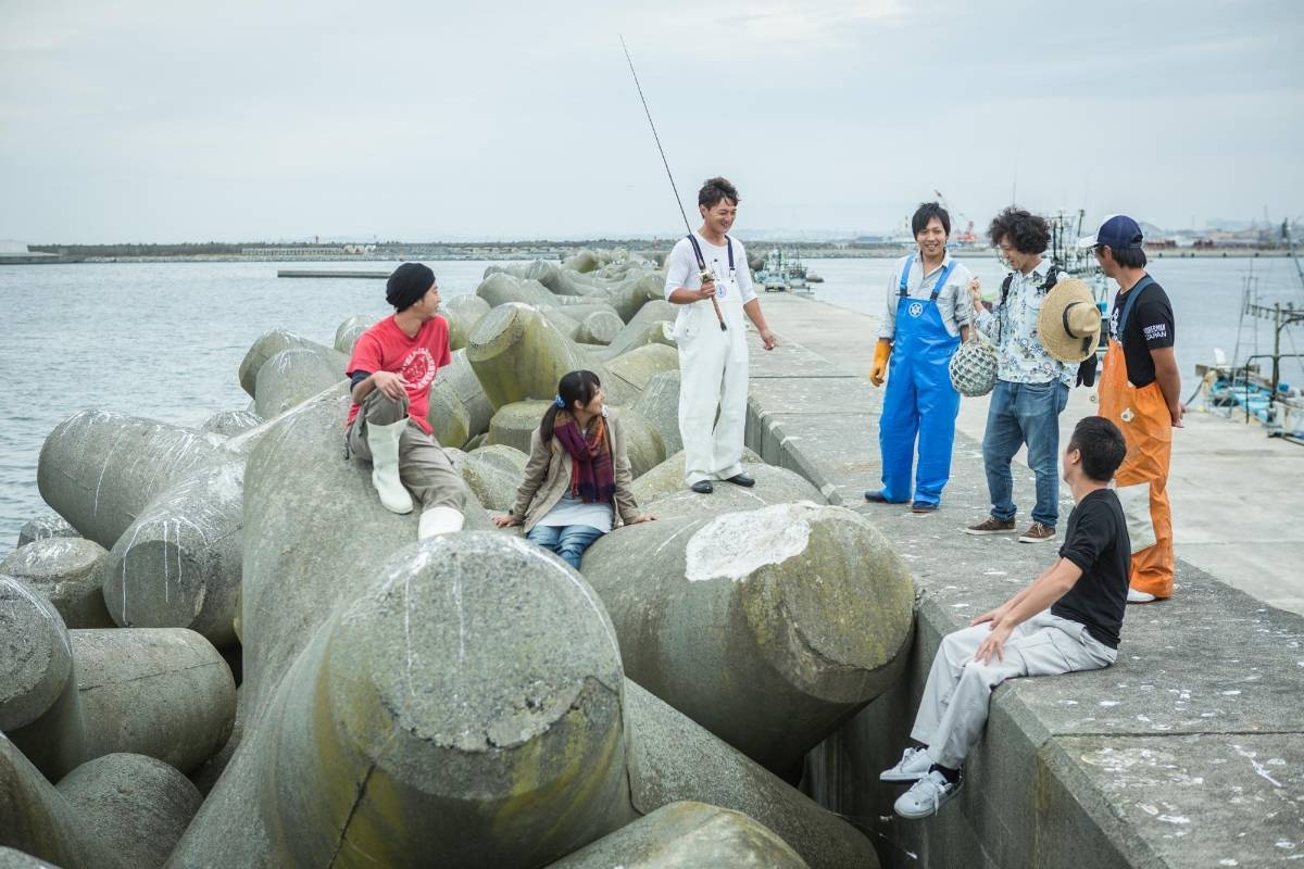 漁協に集合するフィッシャーマン・ジャパンのメンバー