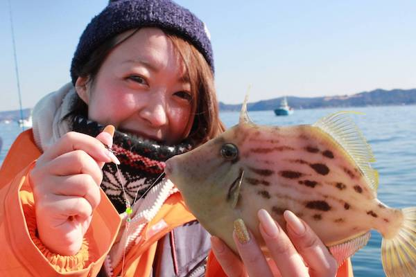 最高のアテを求めて! アラサー女子が初めて釣った魚を飲食店へ持ち込んでみた