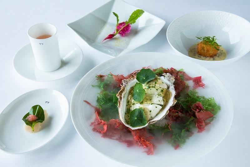 「季節の風」岩牡蠣 / 泳ぐホタテ貝