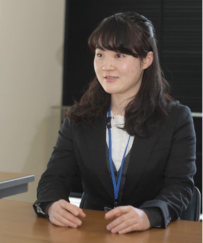 難波あゆみさん