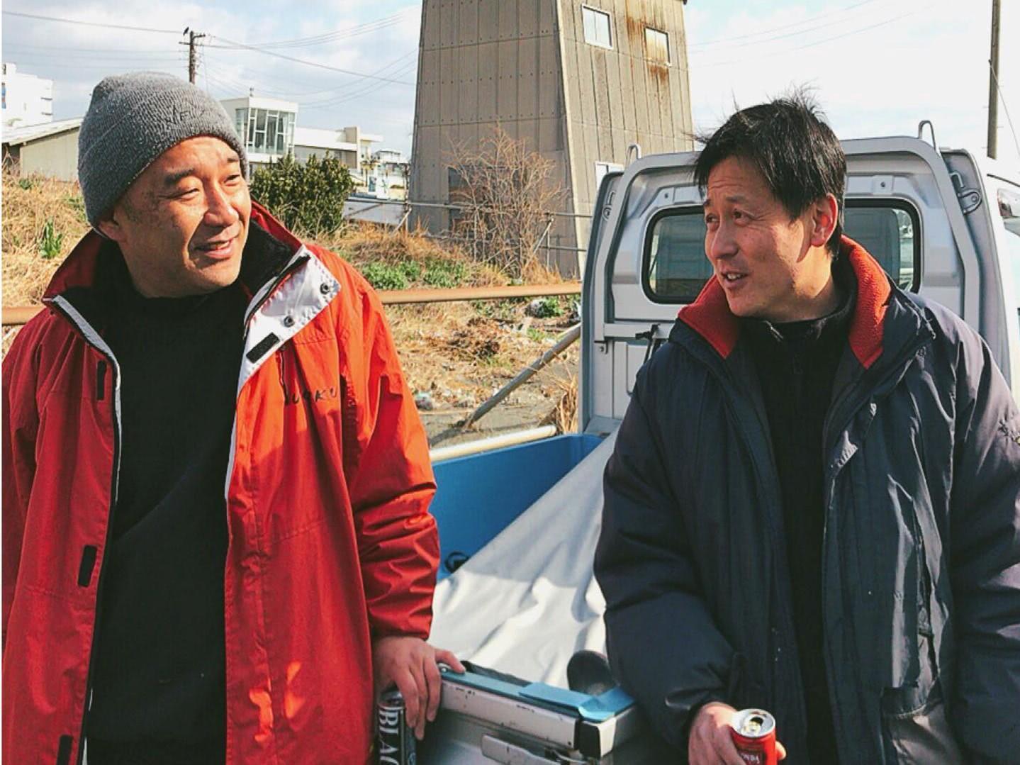 シラス漁後に地元水産加工者とともに