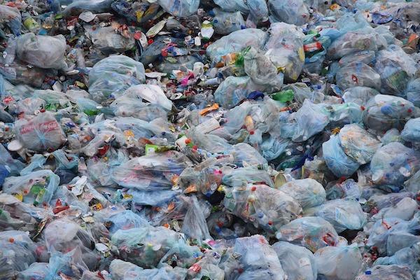 なぜ東南アジアの国々は受け入れ拒否? プラスチック問題を徹底解説!