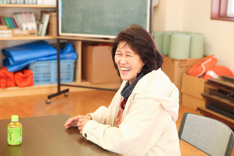 笑顔の川崎尚子さん