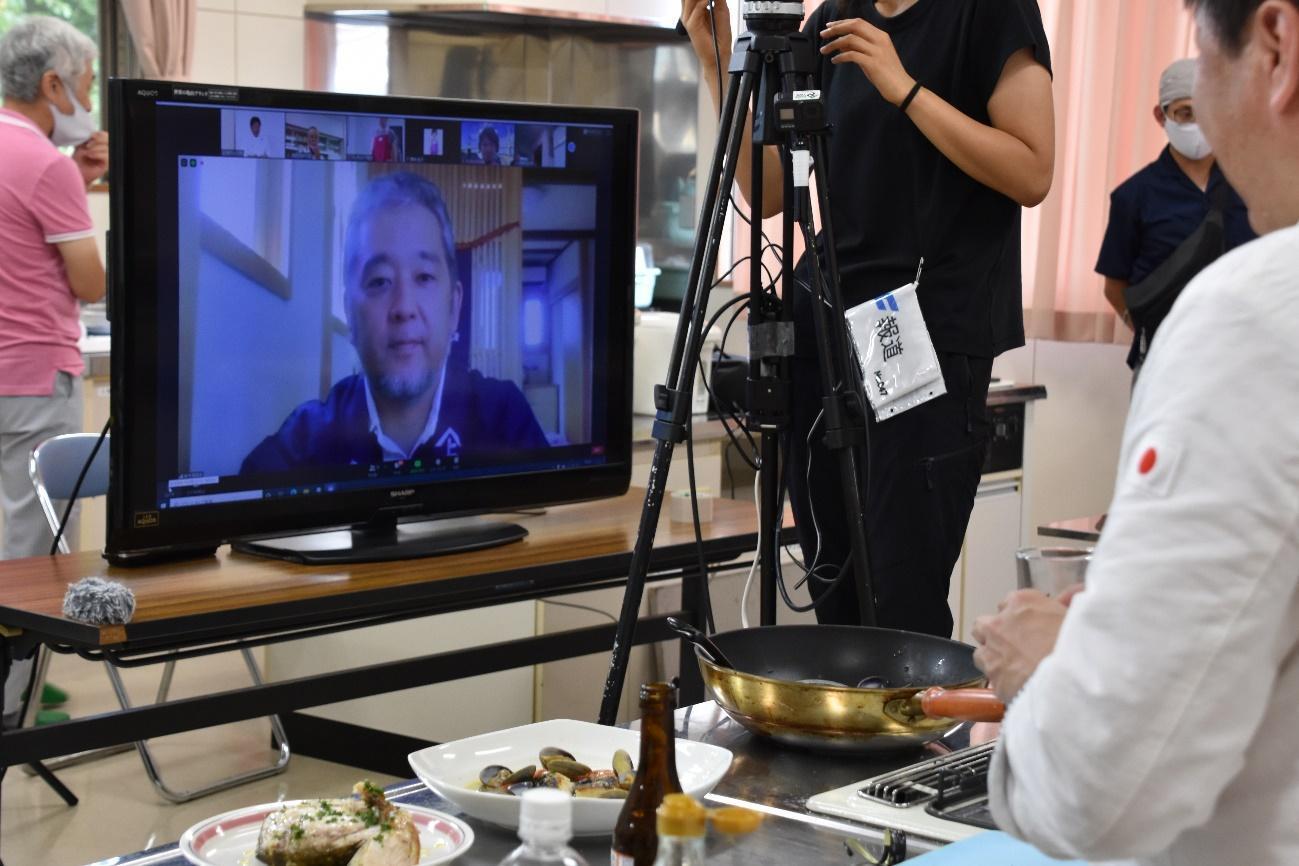 オンラインで参加した鈴木酒造の鈴木大介さん