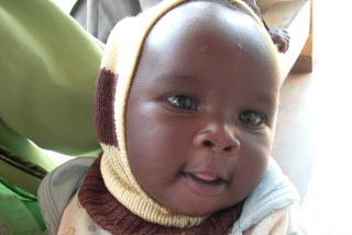 [母乳育児でケニアの赤ちゃんの命を守る!]の画像